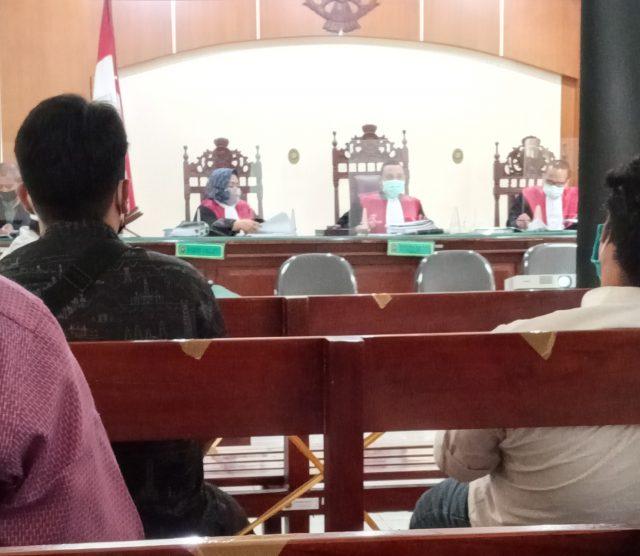 Suasana dalam perdidangan di PN Demak siang tadi